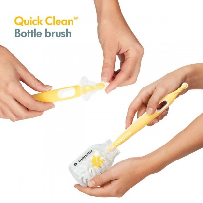 Medela Quick Clean Bottle & Teat Brush With Stand